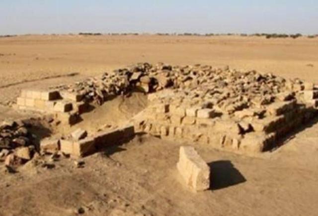 اكتشاف واحدة من أكبر بوابات التاريخ بمنطقة كرمة