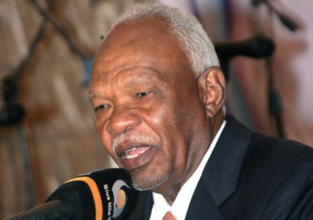 البشير يعيد الجاز مسؤولاً عن العلاقات السودانية الصينية