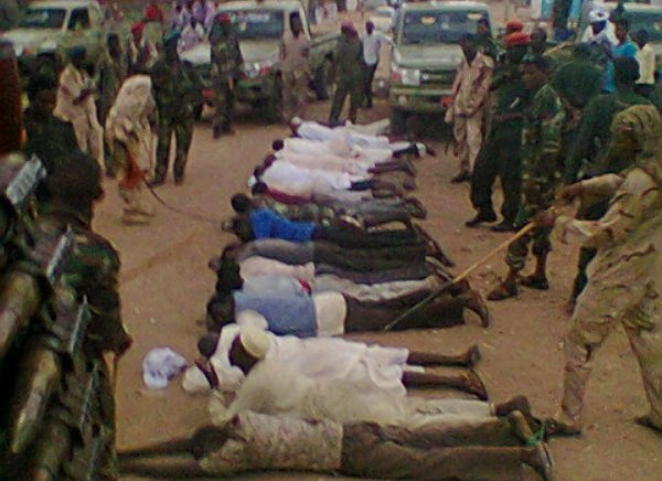 80 % من مواطني دارفور يحملون السلاح