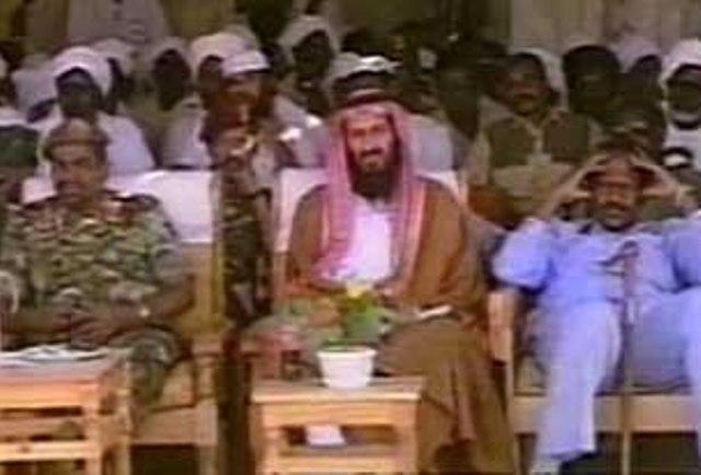 """وصية """" الميت""""..بن لادن يطالب بانفاق ثروته في السودان على """"الجهاد"""""""