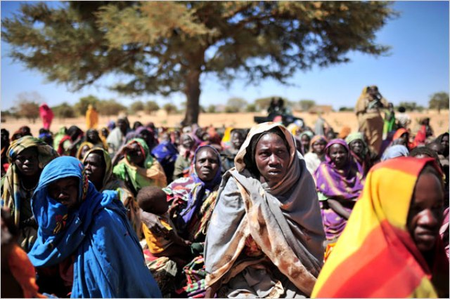 ناشطات: المرأة السودانية تعاني أوضاعاً قاسية