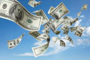 الدولار يسجل رقما قياسيا جديدا امام الجنيه السودانى