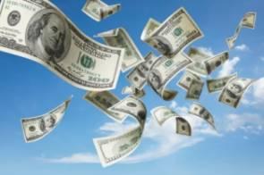 الدولار يتحدى الاجراءات الرئاسية ويقترب من 40 جنيها