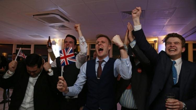 زلزال مغادرة بريطانيا للاتحاد الأوروبي يهز العالم