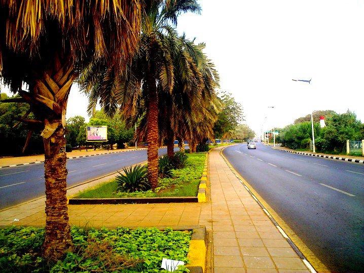 """""""كشات"""" في شارع النيل ومعتمد الخرطوم يطالب اسمرا واديس ابابا بمنع """"البنطلون"""""""