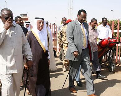 مصادر : تدهور الوضع الامني فى دارفور يتسبب فى إلغاء زيارة أمير قطر