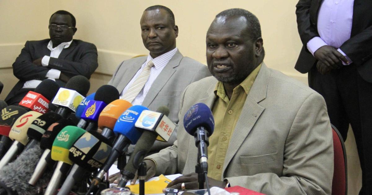 """مشار في رحلة مثيرة الى الكونغو وسلفاكير يشترط عليه """" التخلي عن السياسة والعنف"""""""