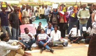 أكثر من مليوني عاطل في السودان والحكومة تحذر من تهديدهم للأمن