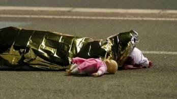 """فرنسا تعلن الحداد وتمدد حالة الطوارئ  بعد هجوم """"نيس"""""""
