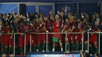 البرتغال تفوز ببطولة يورو 2016 بعد تغلبها على فرنسا بهدف
