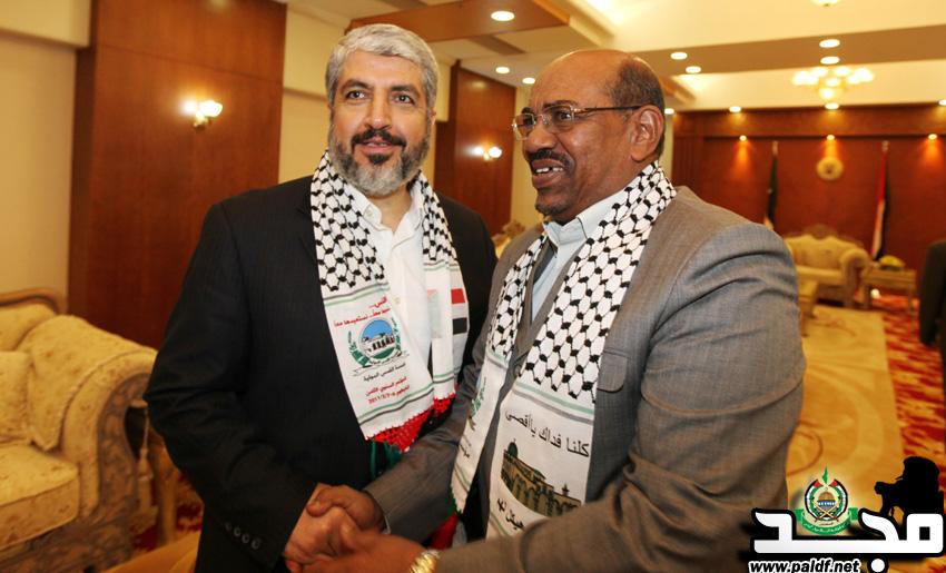 صحيفة لبنانية تكشف عن صفقات وزيارات بين النظام السوداني وإسرائيل
