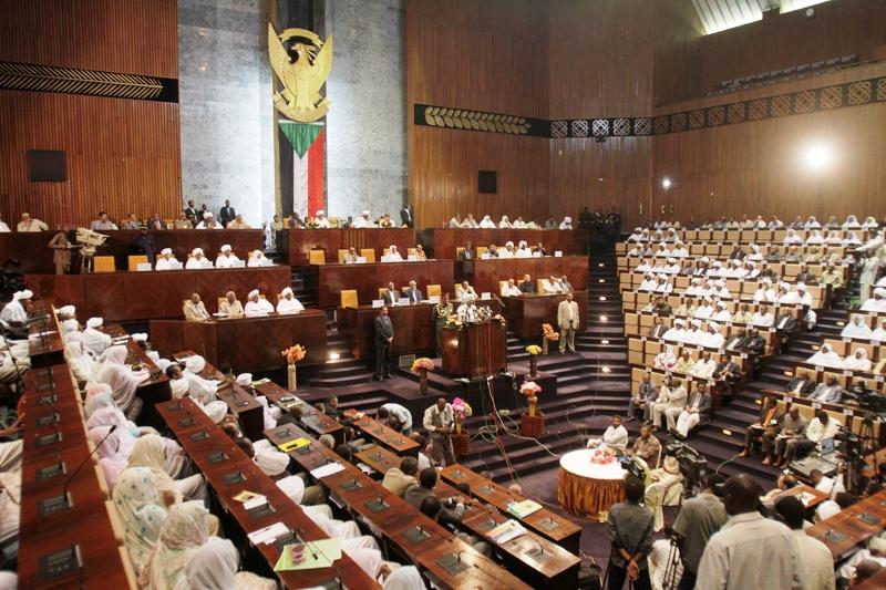قيادات حزب البشير: دعاة العصيان عملاء  ولا مكان لهم في السودان