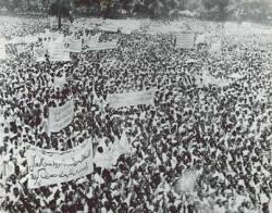 """في الذكرى 52 لثورة أكتوبر.. """"قصة الملحمة"""" حوار مع الموسيقار موسى محمد إبراهيم"""