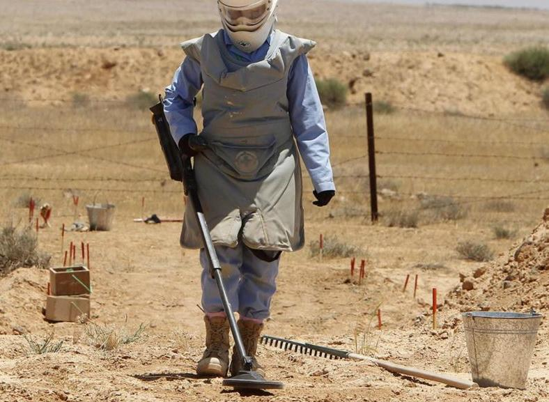 انفجار قنبلة على طفل بعقيق يفتح ملف الألغام بشرق السودان