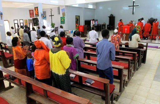 جهاز الامن يطالب زعيم مسيحي بمغادرة السودان فورا