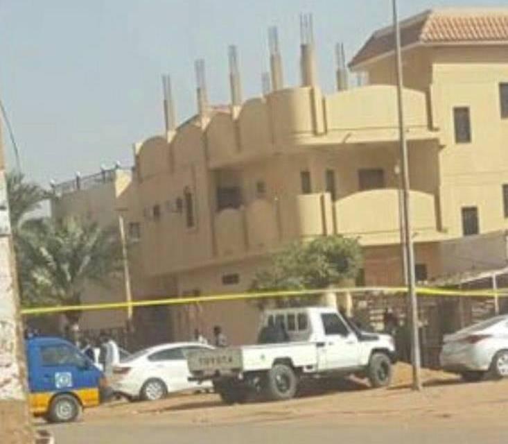 الشرطة تطوق مبنى يقيم فيه عرب (جنوبى الخرطوم) بعد دوى إنفجار