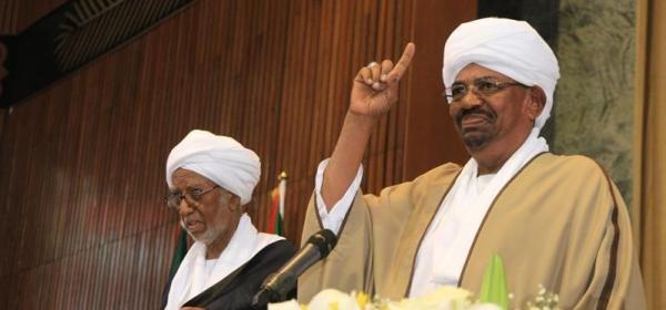 """رئيس البرلمان يلوح بمراجعة تعديلات """"المتحاورين"""" على الدستور"""