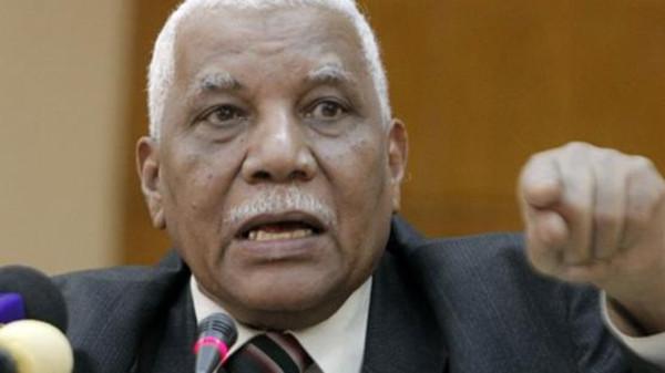 """تصريحات مثيرة لوزير الإعلام : """"فرعون سوداني"""""""