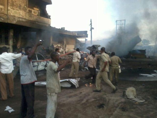مقتل وجرح عدد من الاشخاص فى انفجار تانكر غاز فى (نهر النيل)