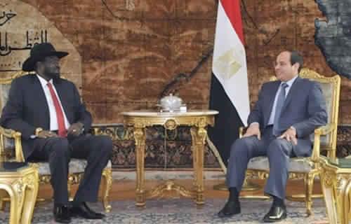 البشير يتهم مصر بدعم التمرد في دارفور بالسلاح