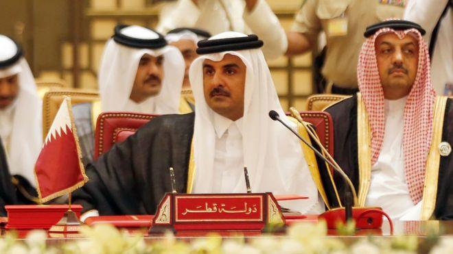 الفايننشال تايمز: فدية بمليار دولار أججت الخلاف بين قطر ومنافسيها الخليجيين
