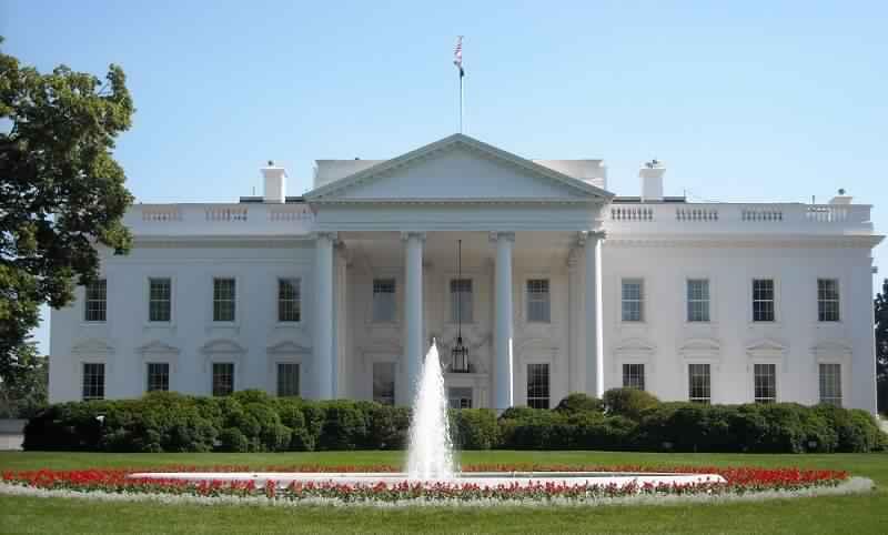 قبل ساعات من القرار..انقسام في البيت الأبيض بشأن العقوبات على السودان