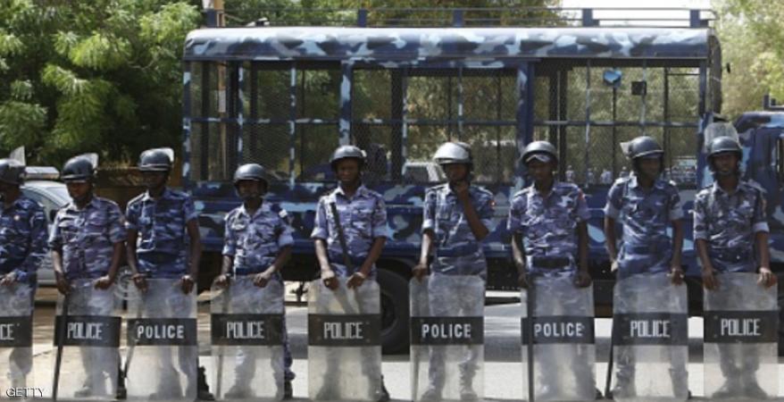 """شرطة الخرطوم تهدد """" مروجي شائعات""""  وتفتح بلاغا ضد مواطنة أعلنت اختطافها"""