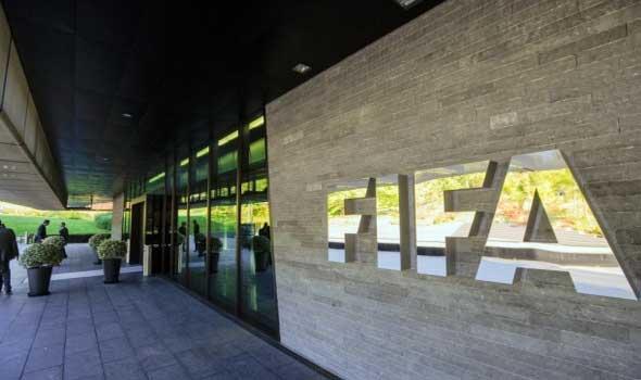 الفيفا يجمد رسميا  نشاط كرة القدم السودانية  بسبب قرار حكومي
