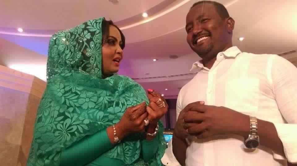 """مظهر النساء  في الفضائيات السودانية من """"لجنة أحمر الشفاه"""" إلى """"كاتيا"""" الطيب مصطفى"""