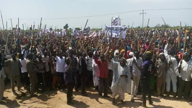 مظاهرات ضد زيارة البشير لمعسكر كلمة