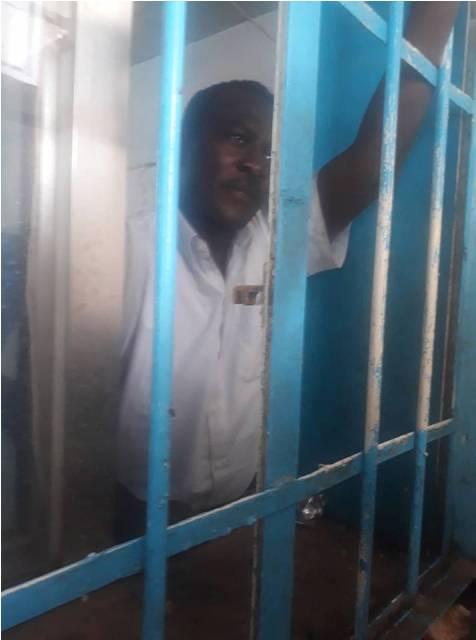 المحكمة تحدد جلسة لمحاكمة ناشط  تعرض للضرب بواسطة الشرطة