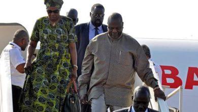 صورة مشار يعود للخرطوم لحين اكتمال ترتيبات سلام جنوب السودان