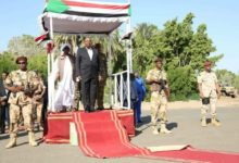 Photo of Albashir promises economic reforms and opposition demands he steps down