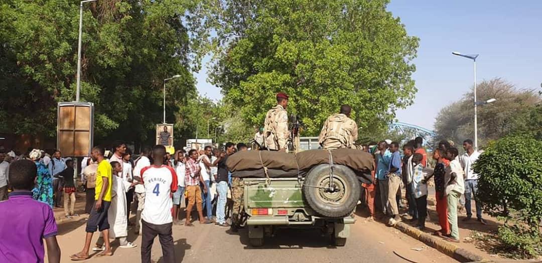 الاثنين الدامي. تجمع المهنيين السودانيين يتهم أذيال النظام بتحريب الثورة