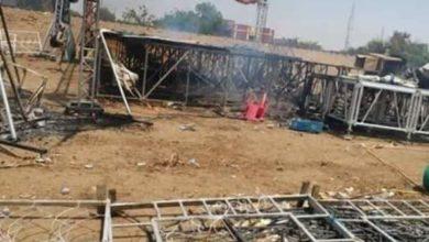 Photo of بعد حرقها بميدان الاعتصام.. قادة الاحتجاجات ينصبون مسرحاً بساحة الحُرية
