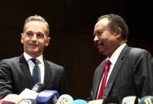 صورة تحقيقات تطال موظفين بمجلس الوزراء بسبب احراج حمدوك أمام وزير الخارجية الألماني
