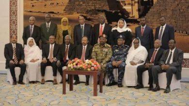 Photo of إجتماع طاريء لمجلس الوزراء السوداني يوصي بضبط أسعار السلع وتفعيل نظام الكوتة للوقود
