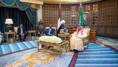 Photo of السودان .. الأزمات لاتسمح بعلاقات خارجية متوازنة