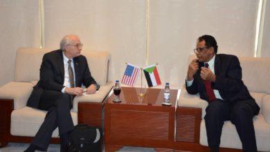 Photo of مسؤول أمريكي يتطلع لاستثمار شركات بلاده في الطاقة والتعدين بالسودان