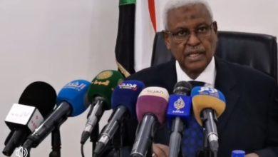 Photo of السودان: النيابة العامة توضح أسباب إعتقال رموز النظام وترفض الافراج
