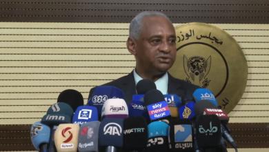 """Photo of وزير سوداني يدخل في عزل منزلي بعد مخالطته مريض """"كورونا"""""""