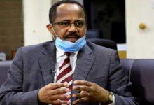 Photo of وزير افترسته المصالح السياسية