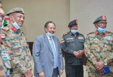 Photo of السودان: حمدوك يوجه الولاة بالإستمرار في تكليفهم