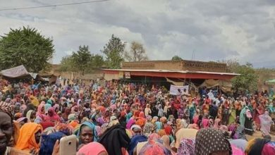 Photo of رئيس الوزراء السوداني يقترح تطوير الاعتصامات لمؤتمرات قاعدية
