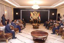 """صورة لقاء البرهان ووزير الخارجية الإثيوبي يبحث""""قضية الحدود"""""""