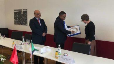 صورة وزير الخارجية يبحث بسويسرا انضمام السودان لمنظمة التجارة العالمية