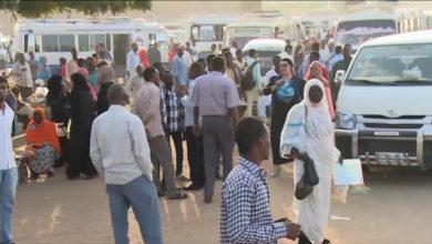 صورة العاصمة السودانية تبحث عن حلول جذرية لأزمة المواصلات