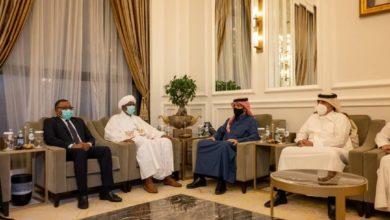 صورة «حميدتي» يبدأ مباحثات قطر بلقاء مسؤول رفضه «المجلس العسكري»