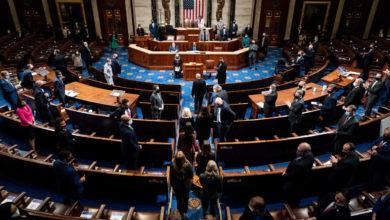 صورة مجلس النواب الأمريكي يمرر مشروع قرار عزل ترامب