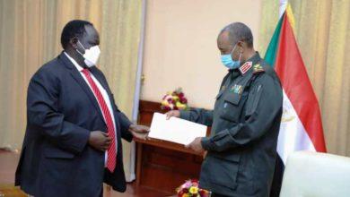صورة لقاء بين البرهان وسلفا كير في جوبا بشأن التوتر مع إثيوبيا
